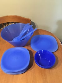 Plastic dishes plates and bowls