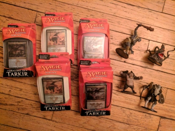 Magic Intro Packs & Dungeons and Dragons Figures
