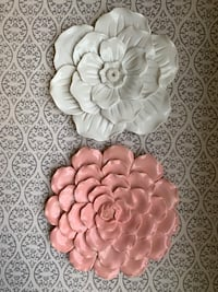 Wall decorations 2 pieces
