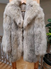 Real fur coat size M/L Richmond Hill, L4C 6E4