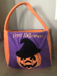 Kids Halloween trick-or-treat bag for toddlers