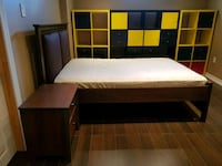 Double platform bed, mattress and night table  Vaughan, L6A 2K4