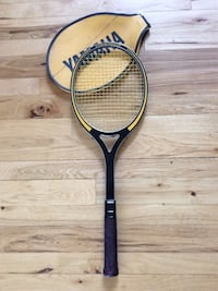 Black and yellow Yamaha tennis racket with cover Aurora, 80013