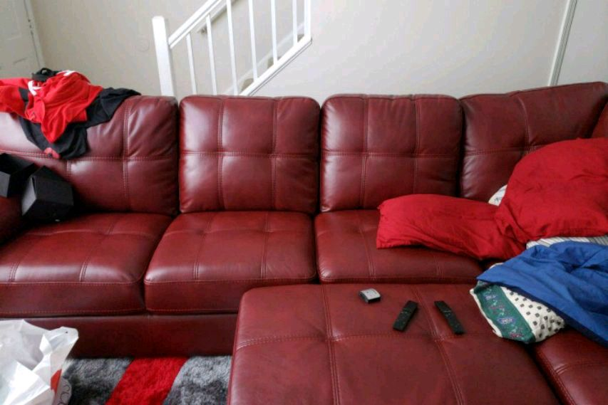 used red leather 3 seat recliner sofa for sale in stone mountain letgo rh gb letgo com