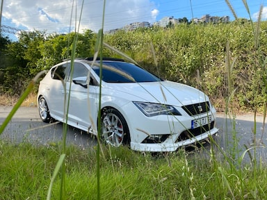 2015 Seat Leon 1.6 TDI 110 HP S&S STYLE 9a4249f4-f73e-4d69-ba4e-fab3f00cce71