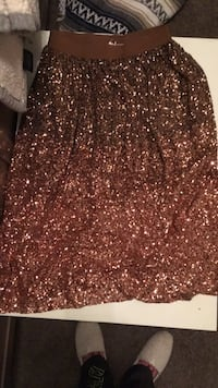 rose gold lauren conrad long skirt NWT new with tags size small Los Angeles, 91403