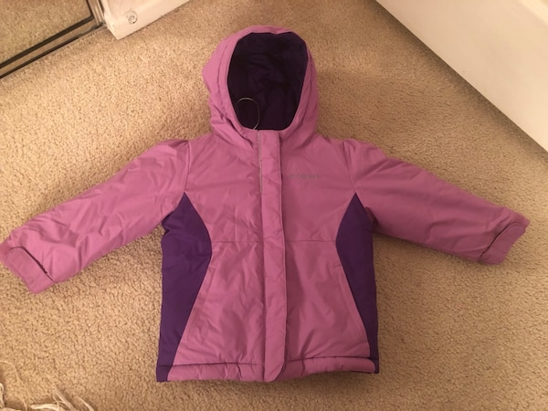 Columbia warm girl's jacket size 3T d95089b6-9ae3-4a77-9cd3-698db3fc0467