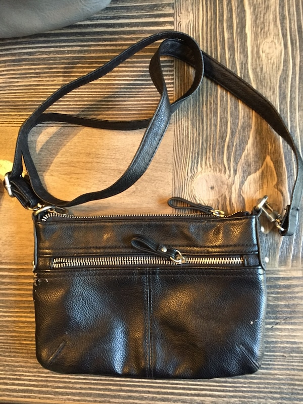 0678c72a5f3b Used brown and black leather shoulder bag for sale in Trenton - letgo