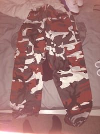 Red camo pants Oshawa, L1K 1M1