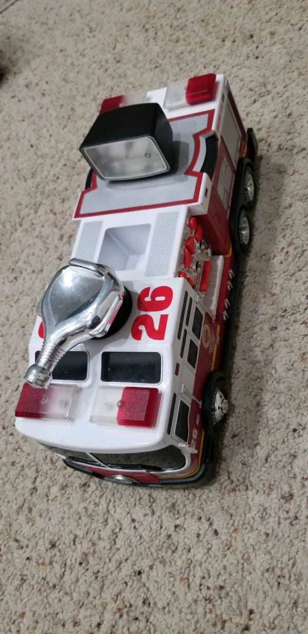 Road Rippers Vehicles - Like New! 2e5571dd-4df8-444d-8237-9cdd4bf71e9d