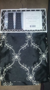 4 curtains panel  Silver Spring, 20906