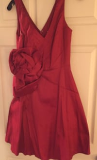 women's red sleeveless dress Toronto, M2N 4R3