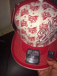 red and white fitted cap Fresno, 93703