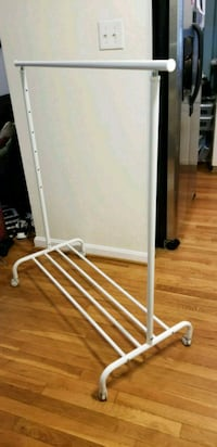 Adjustable Rolling Clothes Rack Alexandria, 22303