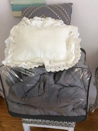 Gray Queen/king size very warm  comforter no holes with 2 decor pillows from none smoking home  Mobile, 36604