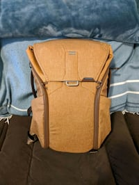 Peak Design 20L Everyday Backpack (Tan)