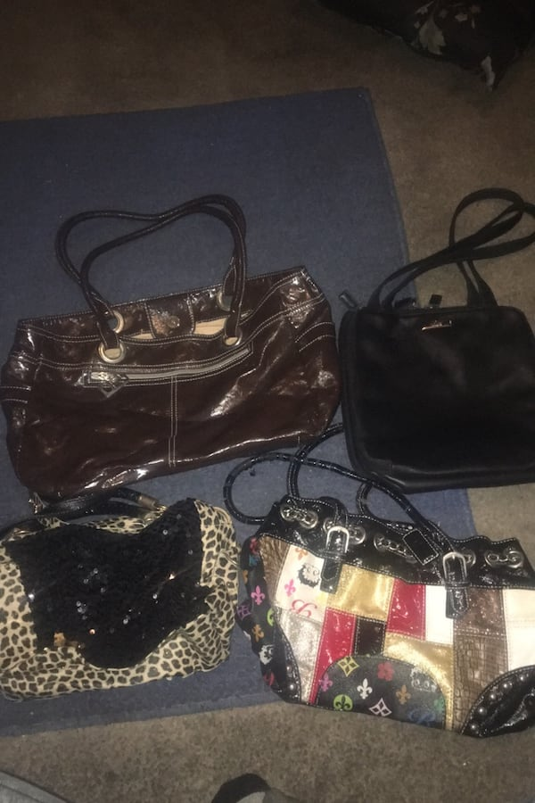 Purses 3 for 10 / or all for 15 2cf2f44e-8354-4cd2-a67b-c5b5c1951957