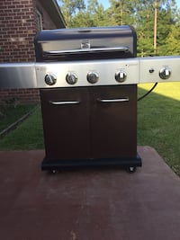 5 burner porcelain and stainless grill Sumrall, 39482