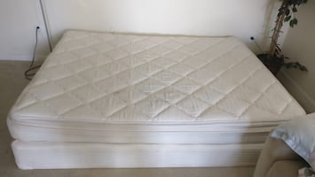 Queen mattress with box