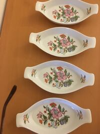 New Dolphin brand fine china set (4 pcs) Mississauga, L5R 1P6