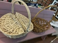 baskets tons more available, prices separately !! Hoover