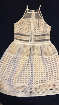 Marciano dress size 4 worn once St Catharines, L2S