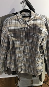 Worn once Burberry large shirt Toronto, M5M 2C4