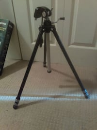 black and gray tripod stand Coquitlam, V3K 4X7
