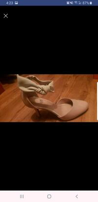 New nude heels size 7.5 Woodbridge, 22192