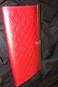 Louis Vuitton wallet Edmonton, T5T 4J2