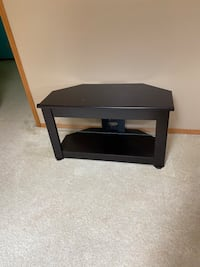 TV Stand/Entertainment