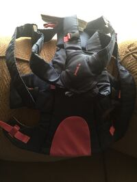 black and red car seat carrier Gaithersburg, 20877