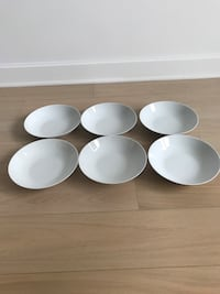 Bowls Dishes Pasta Cereal Set of 6 dishes white like new New York, 10022