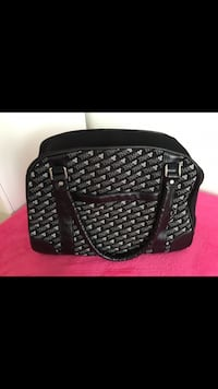 black leather 2-way bag Toronto, M2R 2A4