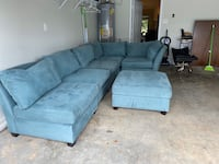 Sectional and Ottoman- Smoke Free. Pet Free. Need Gone Knoxville, 37923