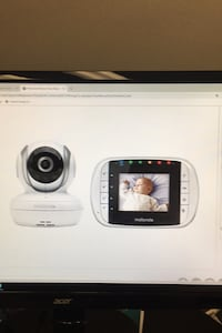 Motorola Baby Monitor w 2.8 inch color LCD, Zoom in and two way audio Alexandria