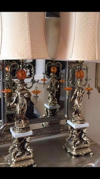 Old table lamp   Mississauga