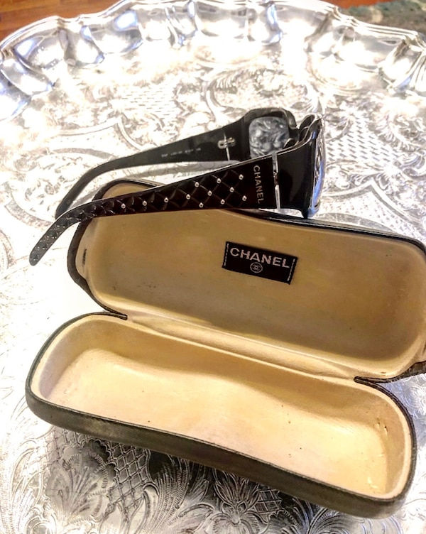 CHANEL  [TL_HIDDEN]  Sunglasses Quilted Black Marble ~ Silver Beads with original Case in good condition vintage glasses originally paid over $300