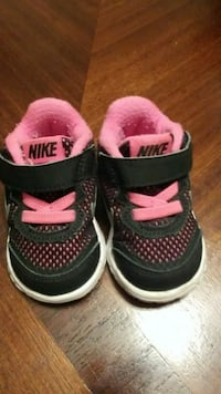 pair of black-and-pink baby Nike basketball shoes Gloucester Point, 23072