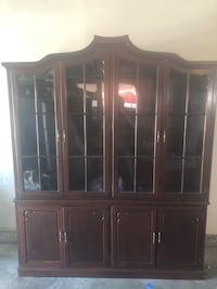 brown wooden framed glass display cabinet Modesto, 95355