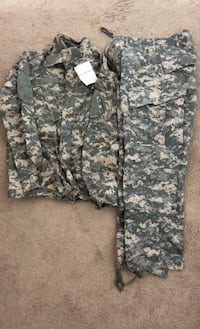 Army ACU top and trousers size: medium regular
