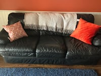 3 seat leather sofa Burlington, L7S
