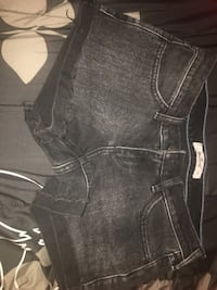 Black Hollister shorts Bakersfield, 93306