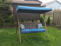 Patio swing like new  Ingersoll, N5C 3Z7