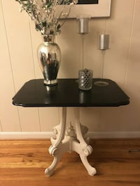 End Table  Annandale, 22003