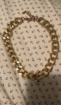 Gold chunky necklace Oakville, L6L 6X3