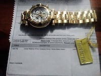 Invicta  Gold chronograph watch with link bracelet null