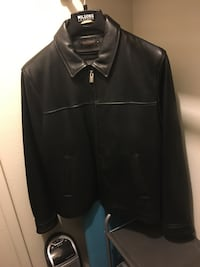 Leather Winter Jacket w/Thinsulate Liner. L/M Size Can Fit. Black Laurel, 20707