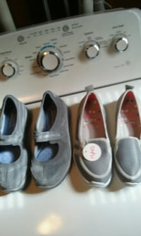 Two, pair of Womens size 7.5