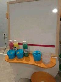 Kids easel with accessories  Florham Park, 07932